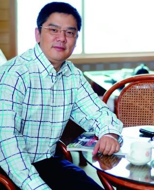 江苏亚东建设发展集团总裁